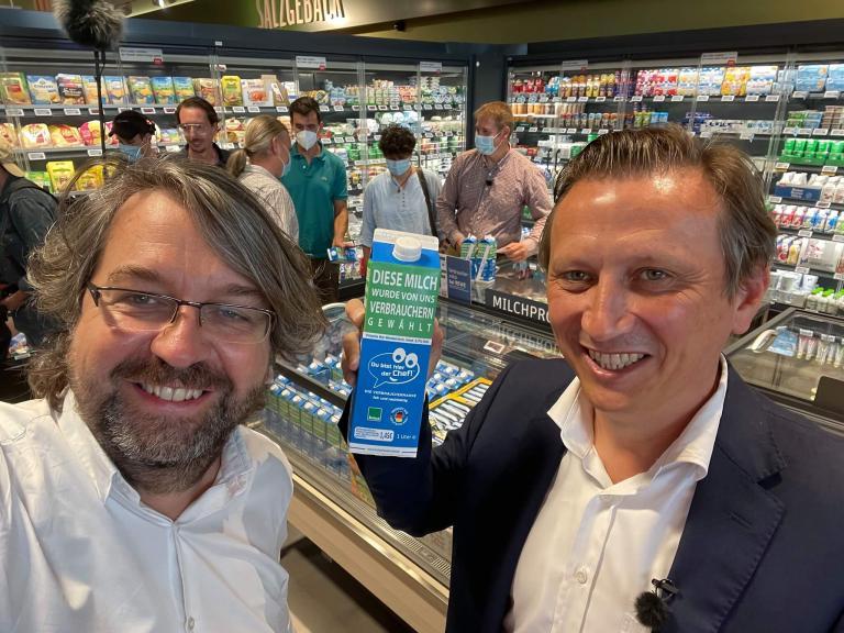 initiateurs de c'est qui le patron en France et en Allemagne avec la brique de lait allemande